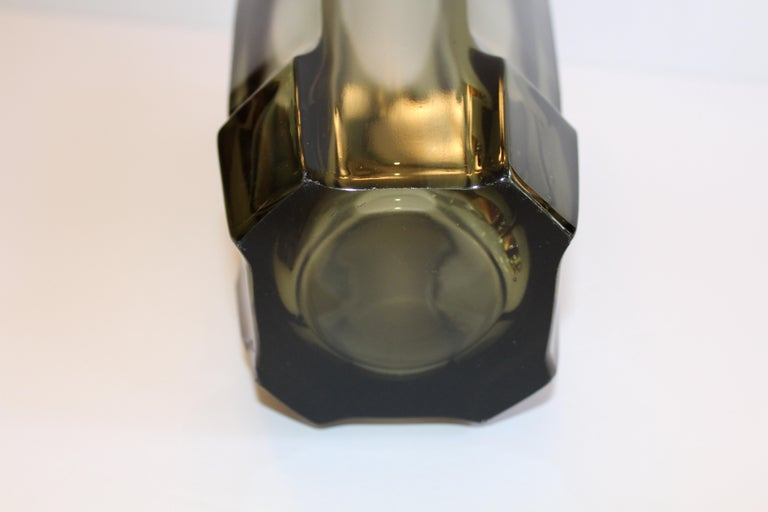 Art Deco Faceted Black Glass Vase in the Style of Moser For Sale 6