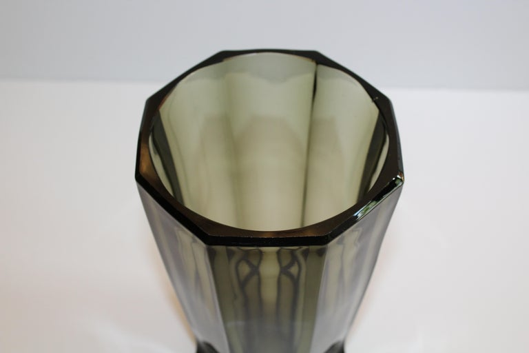 Art Deco Faceted Black Glass Vase in the Style of Moser For Sale 8