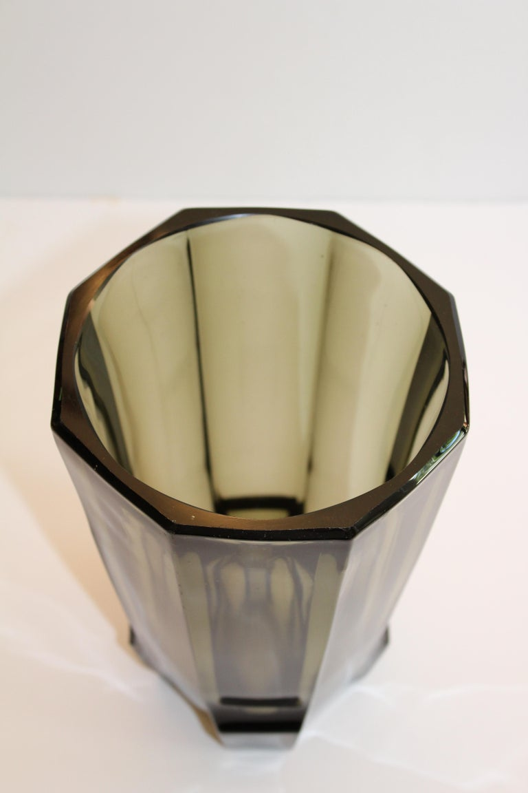 Art Deco Faceted Black Glass Vase in the Style of Moser For Sale 4