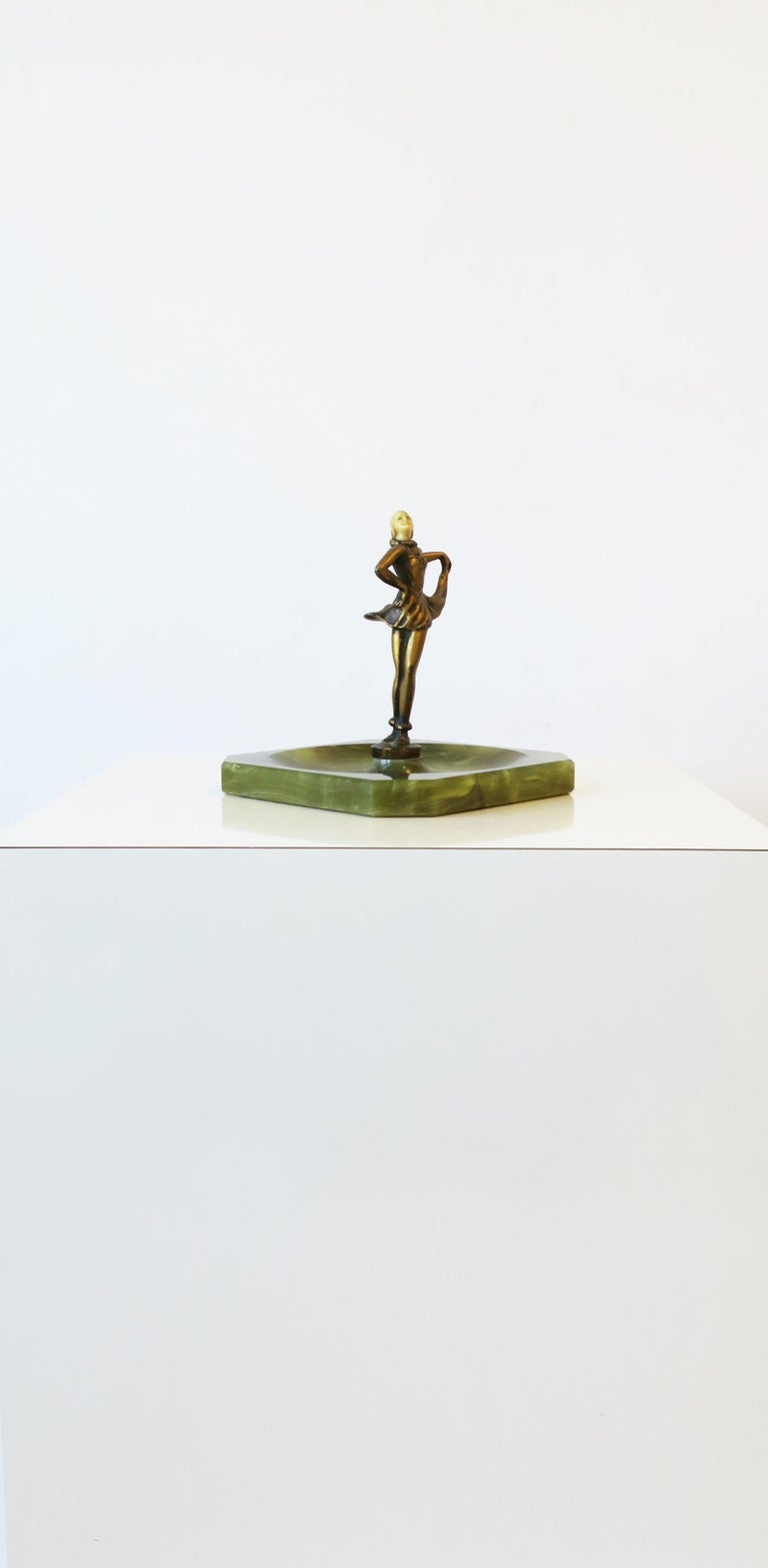 Art Deco Female Bronze Dancer Sculpture and Onyx Marble Catchall For Sale 7