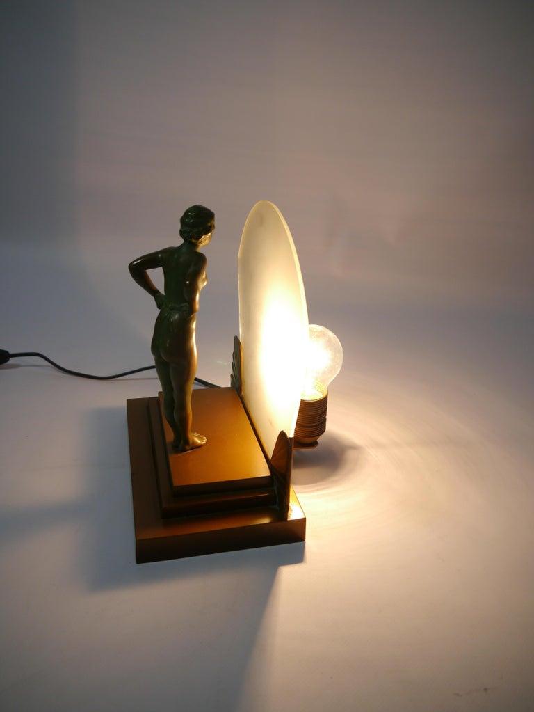 European Art Deco Female Figure Table Lamp, 1930s For Sale