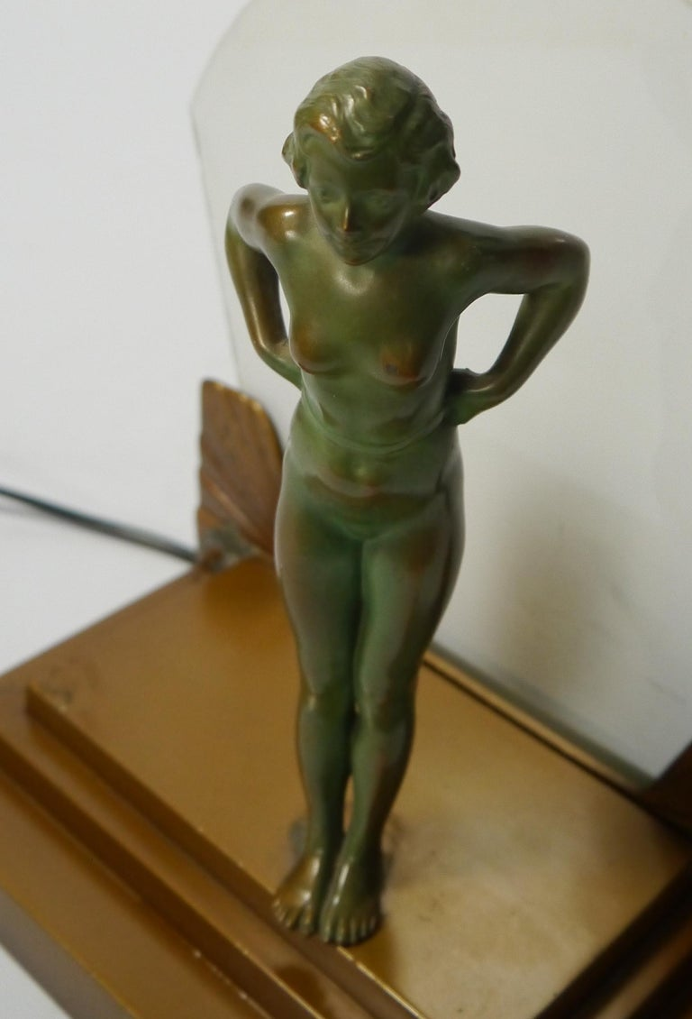 Art Deco Female Figure Table Lamp, 1930s For Sale 1