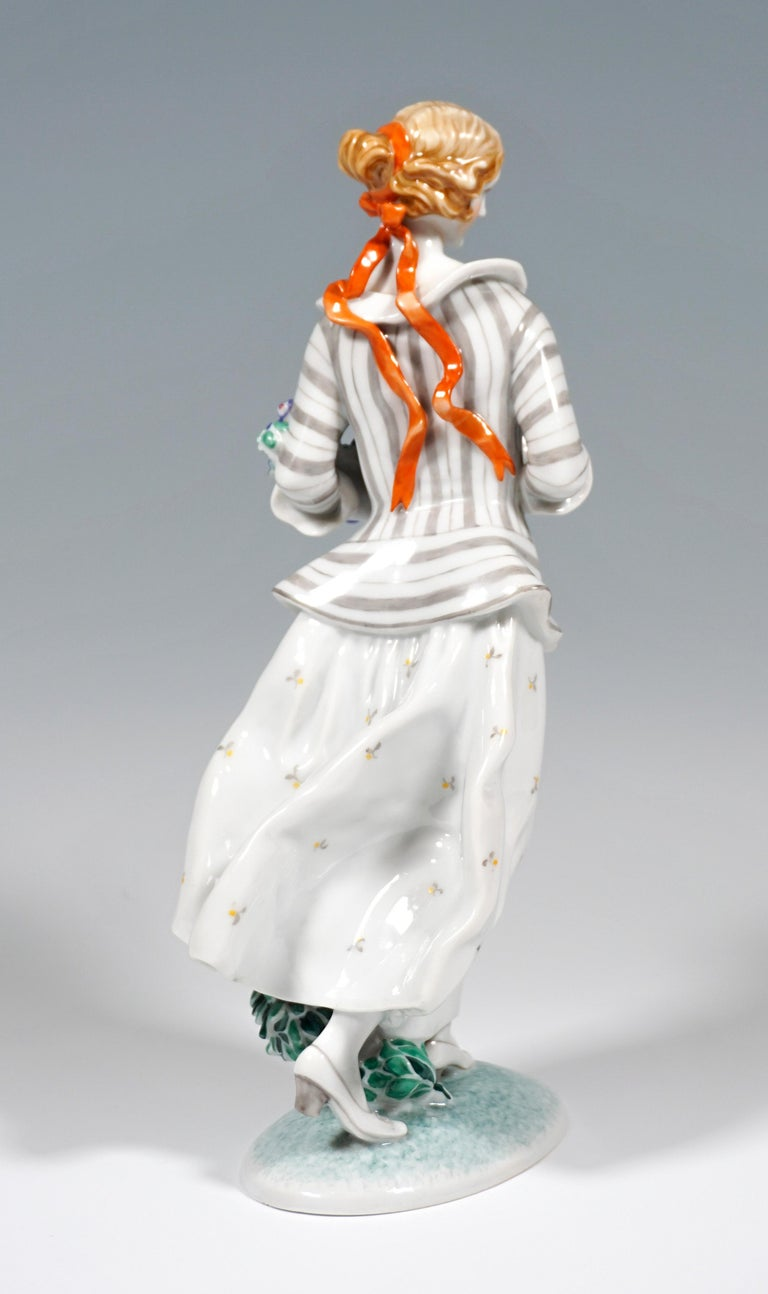 Art Deco Art Déco Figure, 'Lady With Flowers' by Ida Schwetz-Lehmann for Augarten, Vienna For Sale