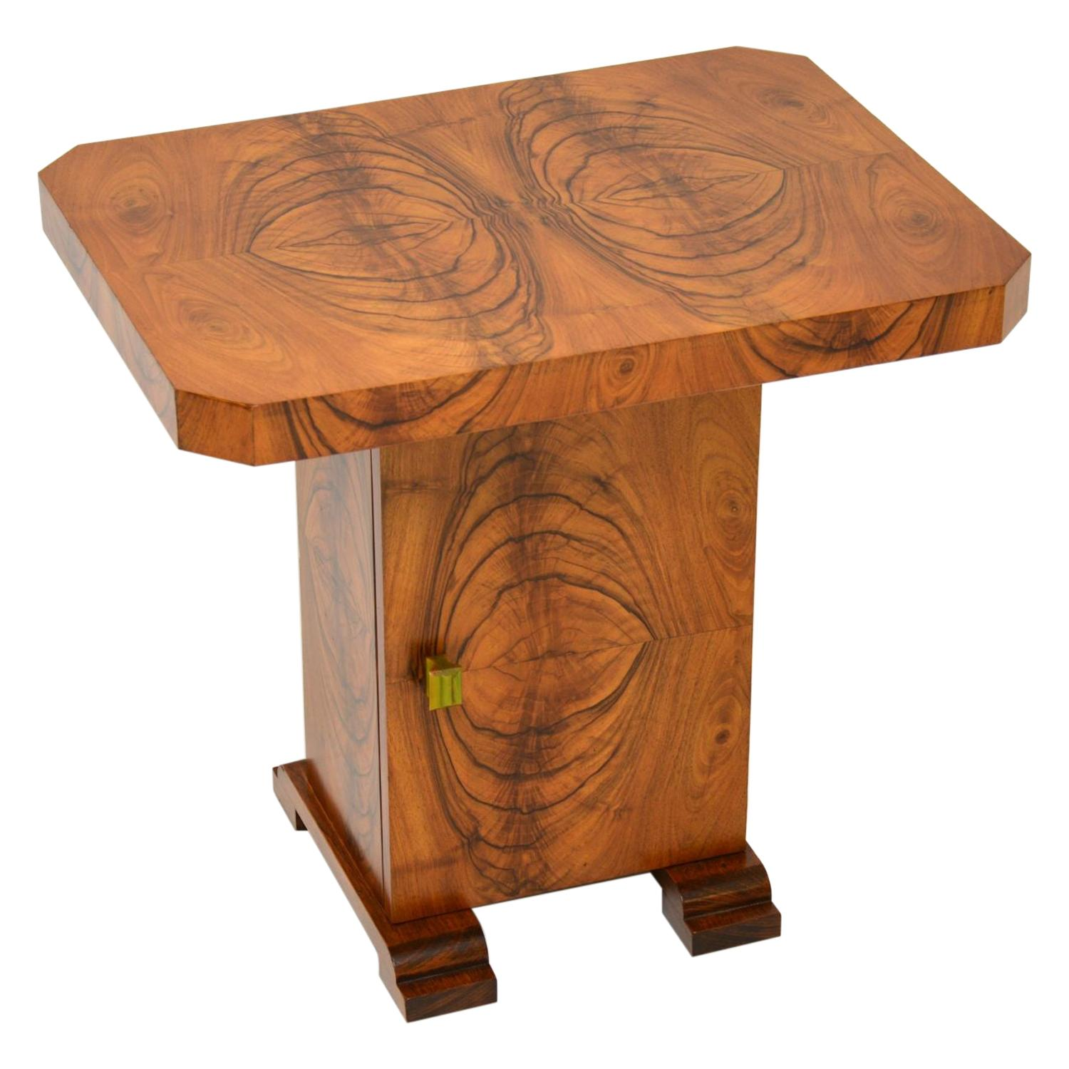 Art Deco Figured Walnut Occasional Coffee / Side Table
