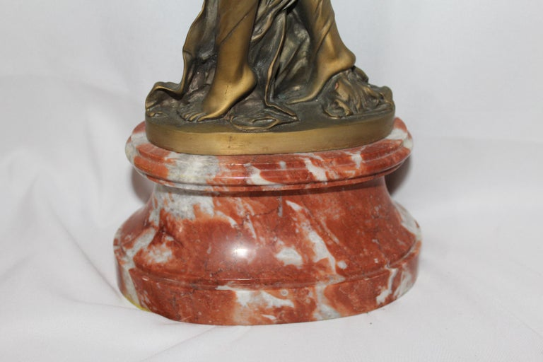 A fine detailed casting of a dancer by the artist dh Chiparus, has the mark on the base plate. All solid marble base. After the original and is super detailed and patina finish. A heavy casting. Difficult to find this quality, not made in Asia! May