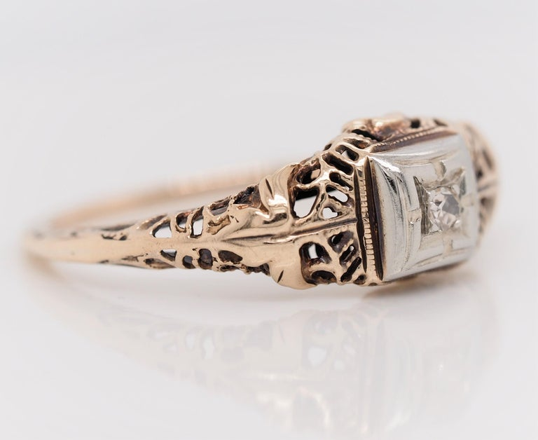 Old European Cut Art Deco Filigree Carved 10 Karat Two-Tone Gold Solitary Diamond Ring For Sale