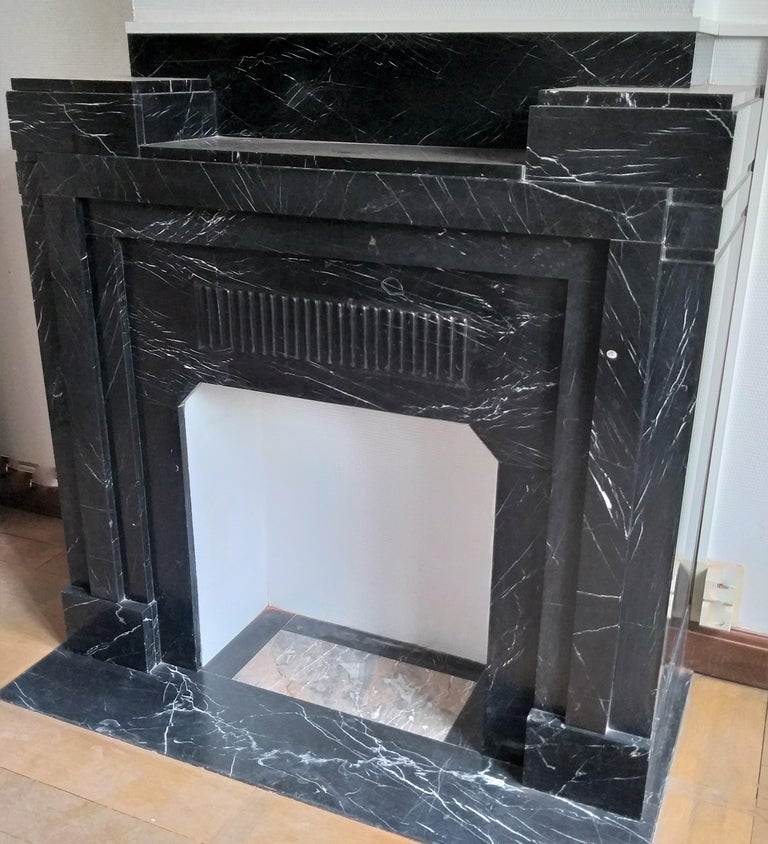 Art Deco Art Déco Fireplace, Nero Marquina Marble, 1932 For Sale