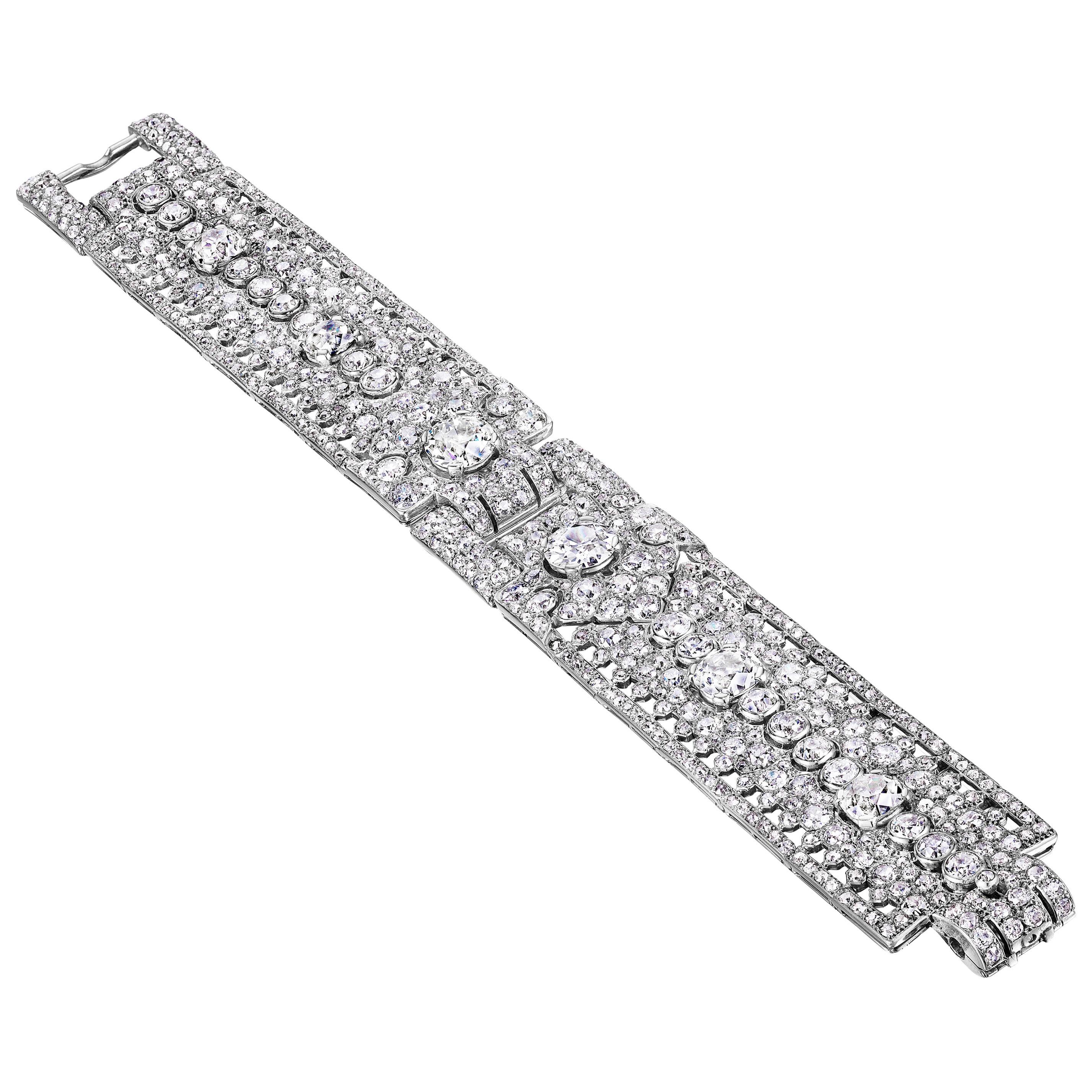 Cartier Paris Art Deco Flexible Diamond Bracelet, circa 1930