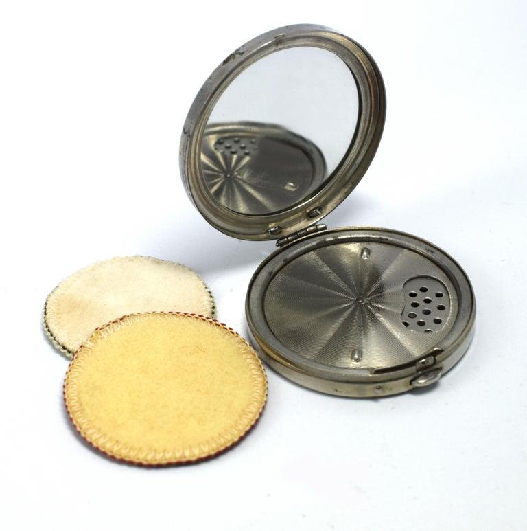 Art Deco Foil Ladies Powder Compact, 1930s For Sale 1