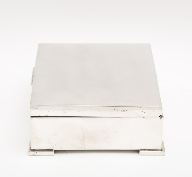 Art Deco French Continental Silver '.800' Footed Table Box For Sale 4