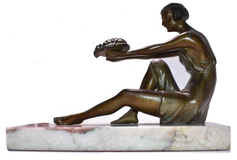 20th Century Art Deco French Figural Bookends, circa 1935 For Sale