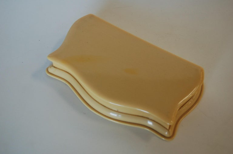 Art Deco French Ivory 'Celluloid' Vanity Jewelry Box In Excellent Condition For Sale In Van Nuys, CA