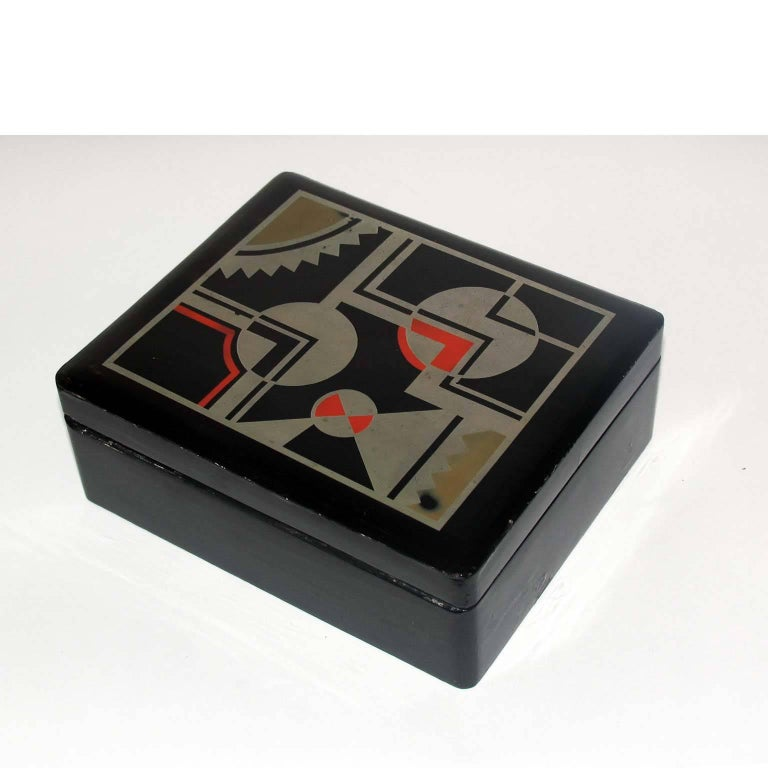 Art Deco French Lacquered Box, Jewelry Box, Geometric Decor In Good Condition For Sale In Bochum, NRW
