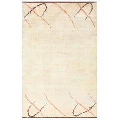 Art Deco French Rug. Size: 6 ft 3 in x 9 ft 6 in (1.9 m x 2.9 m)