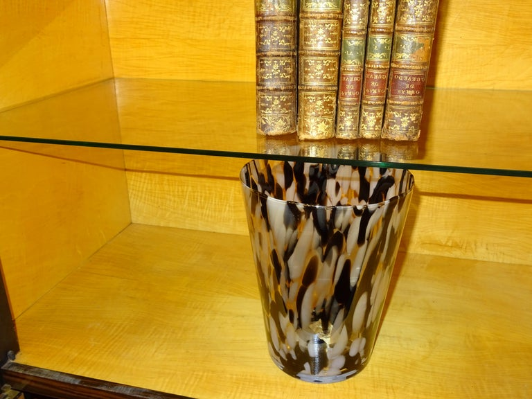 Art Deco French  E.J Ruhlmann Bookcase, Hardwood, Brass and Lemongrass For Sale 3