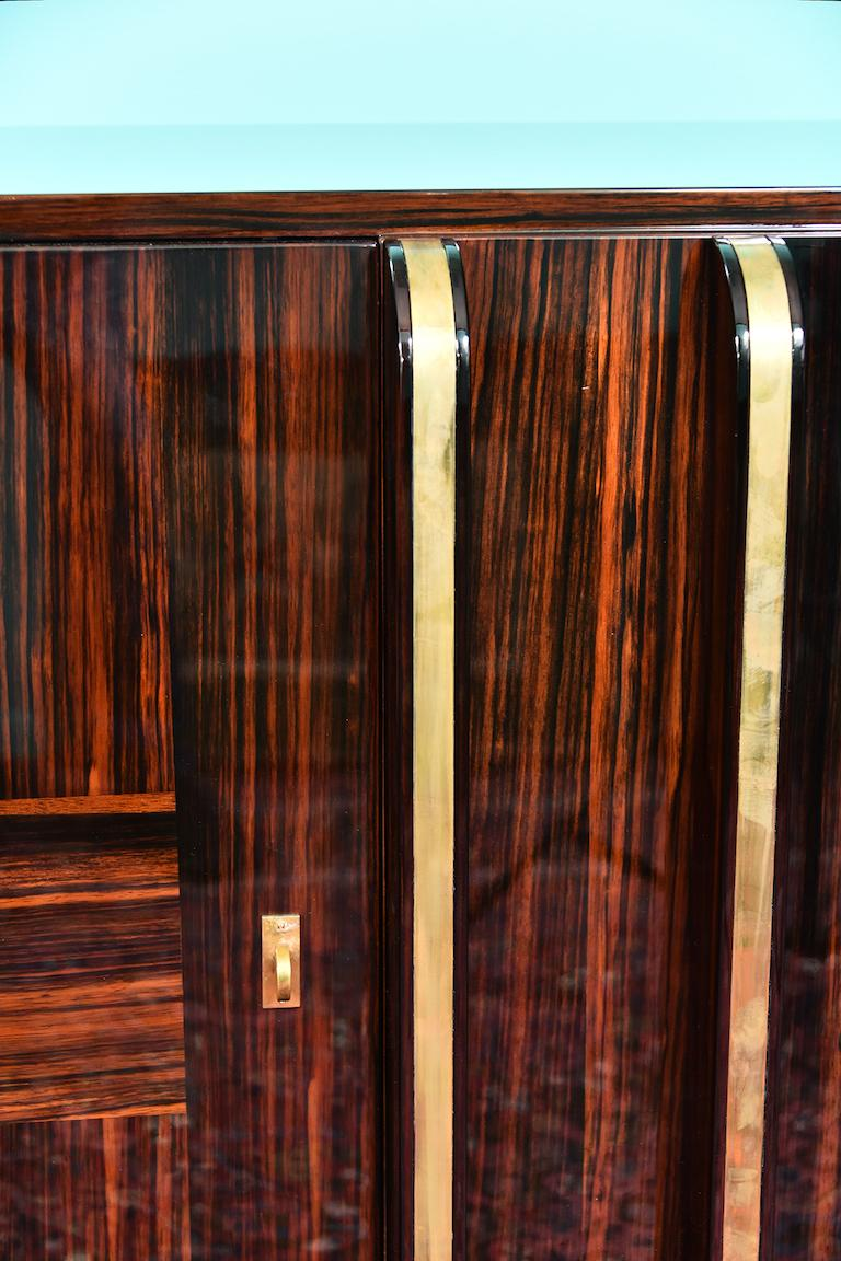 Art Deco French Sideboard with 4 Brass Vertical Lines in Macassar For Sale 3
