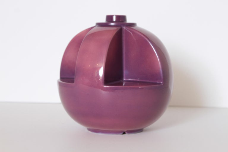 Earthenware Art Deco Gale Turnbull for Leigh Potters Table Lamp, circa 1929, Leigh Art Ware For Sale