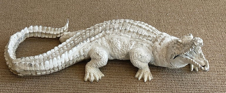 Art Deco garden Alligator, realistically cast and modeled white painted aluminum, beautiful patina. Ready to place indoors or outdoors.