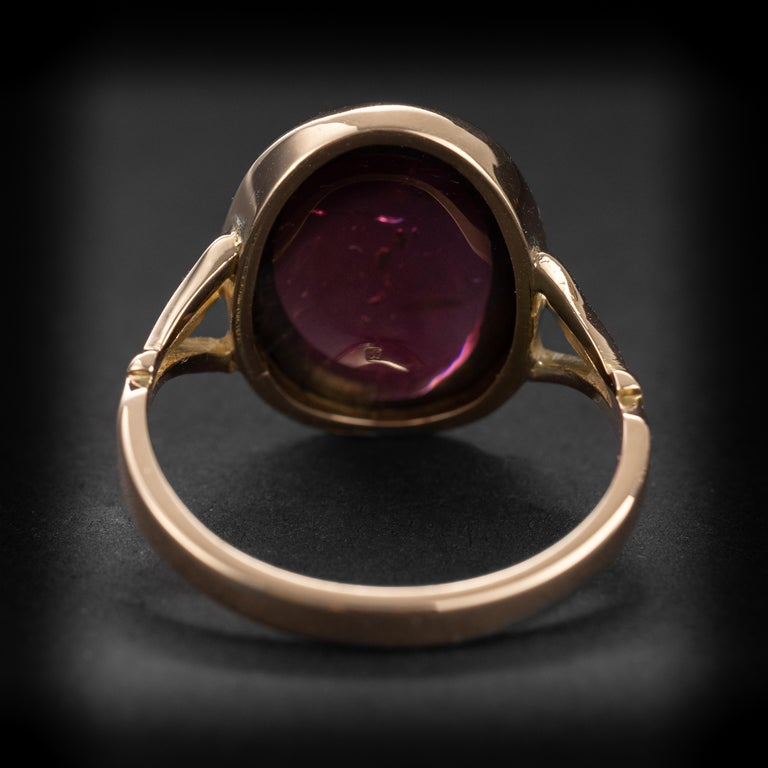 Art Deco Garnet Cabochon Ring For Sale 2