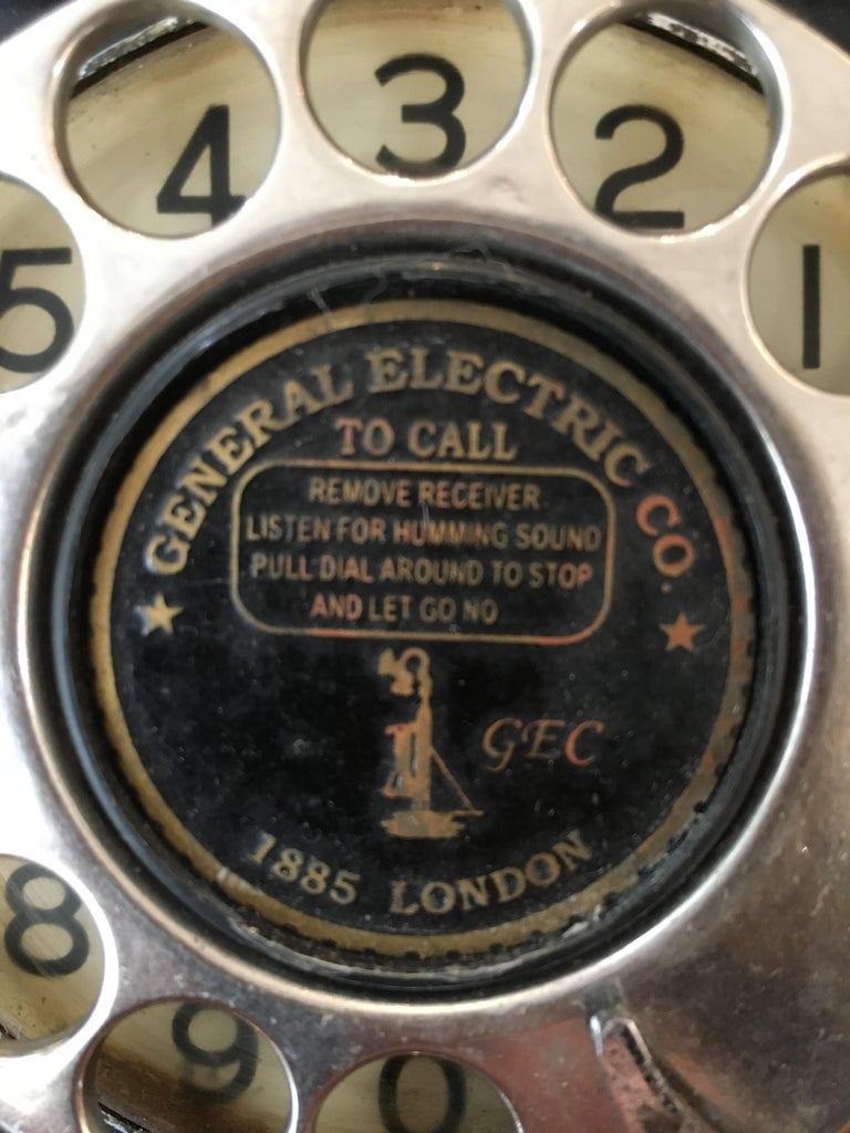 20th Century Art Deco General Electric Bakelite Telephone For Sale