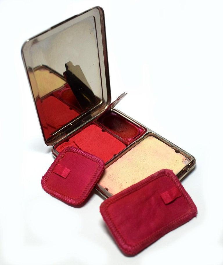 Women's Art Deco Geometric Ladies Powder Compact Du Barry For Sale