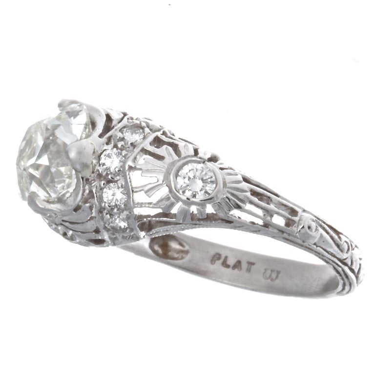 Art Deco GIA 1.51 Carat Old Mine Cut Diamond Platinum Ring In Excellent Condition For Sale In Beverly Hills, CA
