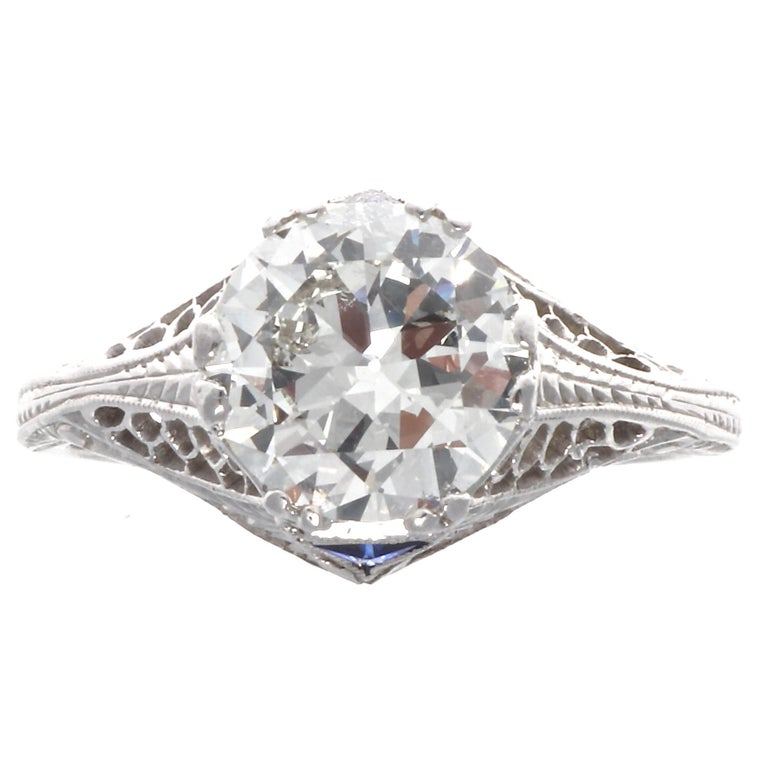 Art Deco GIA 1.86 Diamond Platinum Ring In Excellent Condition In Beverly Hills, CA