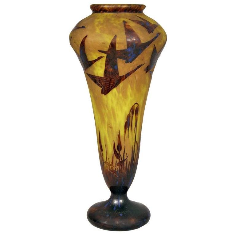 1920s le verre francais vase overlaid and etched signed at 1stdibs. Black Bedroom Furniture Sets. Home Design Ideas