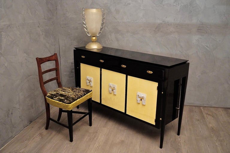 Art Deco Goatskin and Black Lacquered Wood Italian Sideboard, 1940 For Sale 5