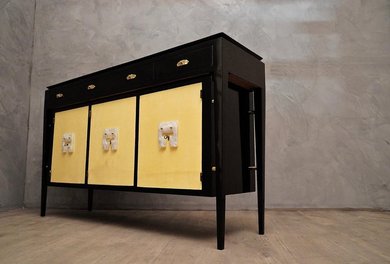 Art Deco Goatskin and Black Lacquered Wood Italian Sideboard, 1940 For Sale 9