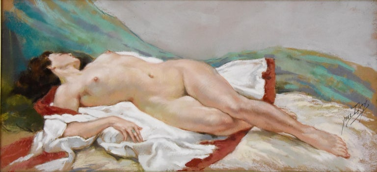 Art Deco Pastel painting of a reclining nude by Yves Diey, French artist born in 1982. He specialized in the representation of the romantic scenes and nudes. He participated in the Salon des Artistes Français where he was a member. He gained a 2nd