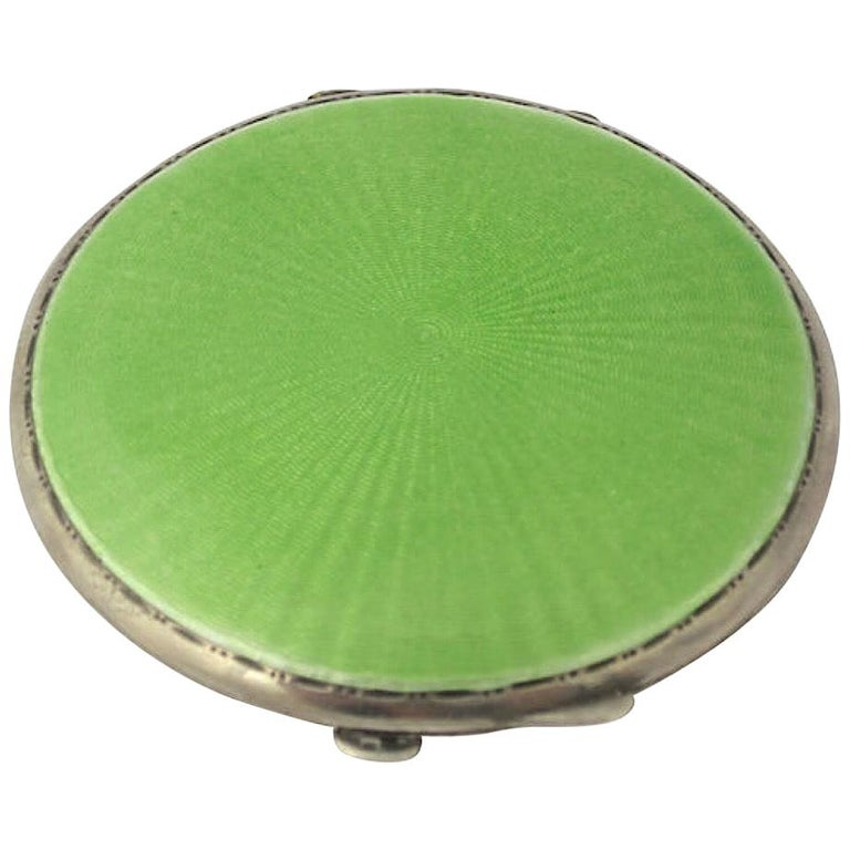 Art Deco Green Enamel English Sterling Silver Compact by Turner & Simpson For Sale