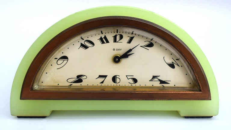 Art Deco Green Onyx 8 Day Mantle Clock, c1930 For Sale 2