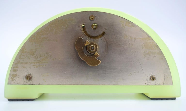 Art Deco Green Onyx 8 Day Mantle Clock, c1930 For Sale 3