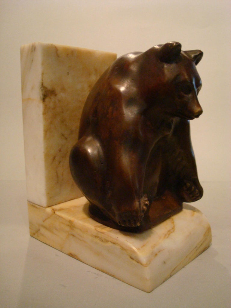 20th Century Art Deco Grisby Bear Sculpture Bronze Bookends, France, circa 1925 For Sale