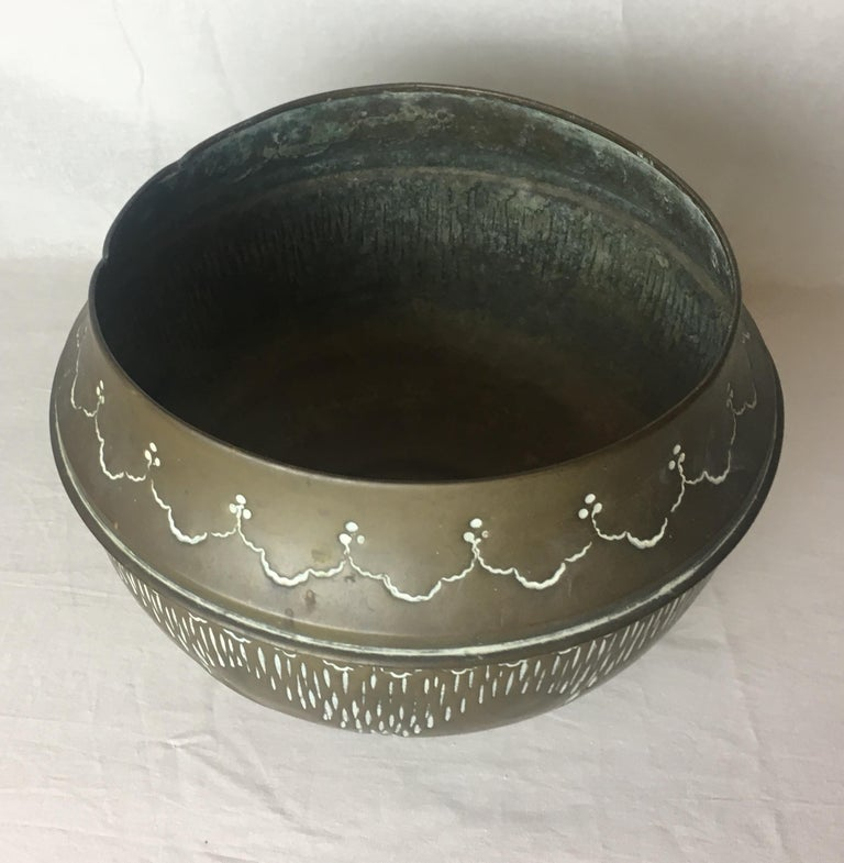 American Art Deco Handcrafted Decorative Copper Pot or Bowl For Sale