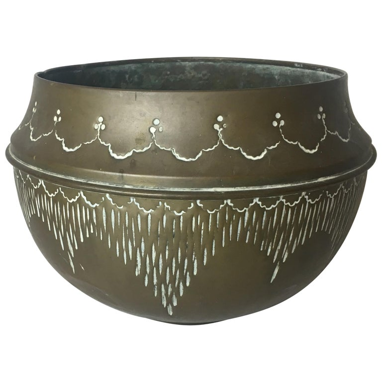 Art Deco Handcrafted Decorative Copper Pot or Bowl For Sale