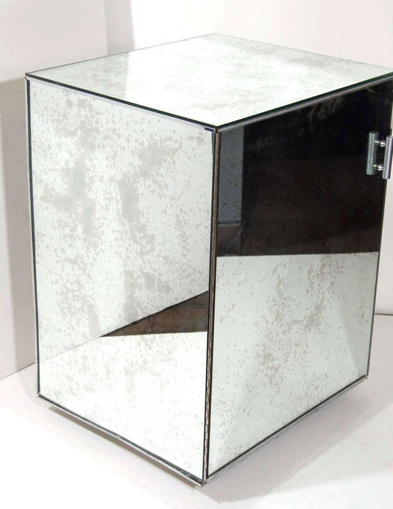 Art Deco Hollywood Regency Mirrored Vanity and Writing Desk, circa 1940s For Sale 1