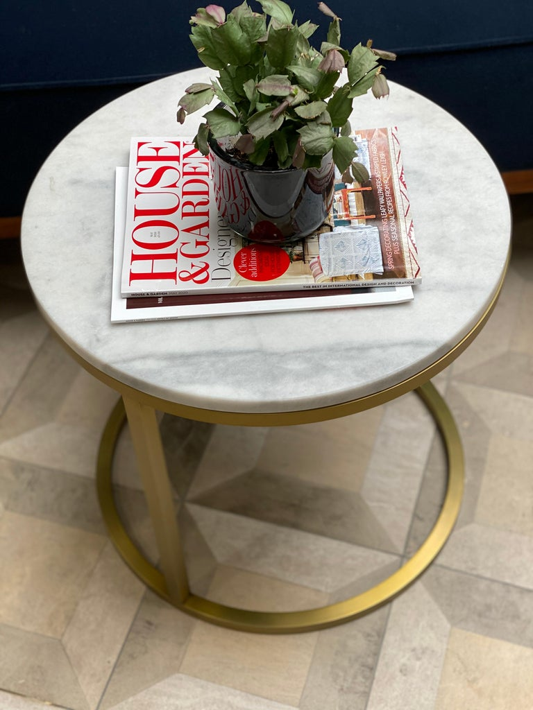 Art Deco Inspired Diana Round Coffee Table in Brass Tinted and Arabescato Marble For Sale 3