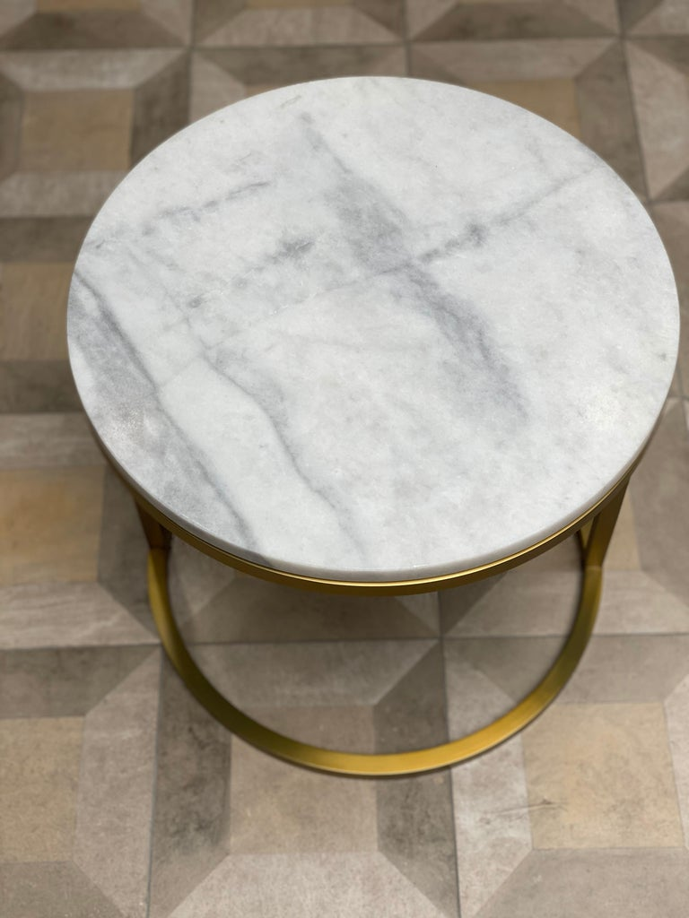 British Art Deco Inspired Diana Round Coffee Table in Brass Tinted and Arabescato Marble For Sale