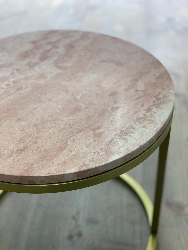 Art Deco Inspired Diana Round Coffee Table in Brass Tinted and Pink For Sale 3