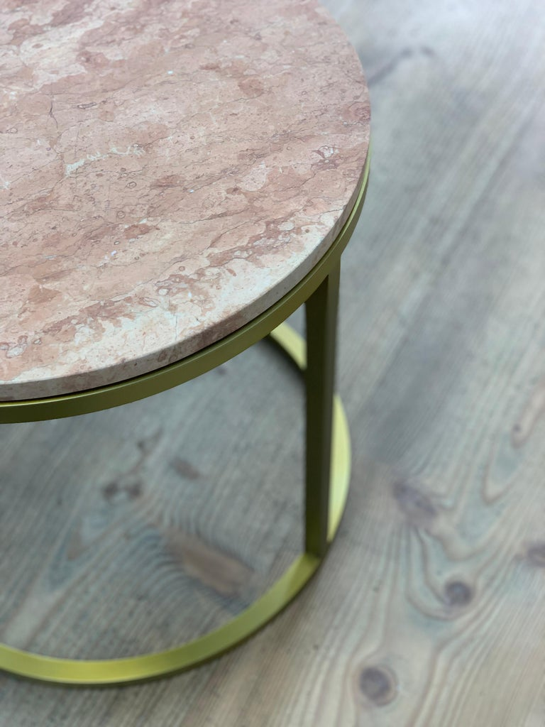 Art Deco Inspired Diana Round Coffee Table in Brass Tinted and Pink For Sale 4