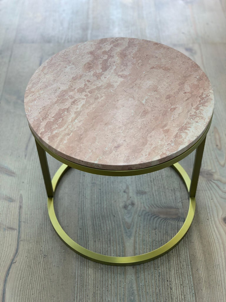 Art Deco Inspired Diana Round Coffee Table in Brass Tinted and Pink For Sale 2