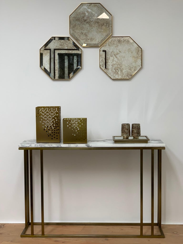 Art Deco Inspired Elio Console in Antique Brass Tint Structure & Marble Surface For Sale 3