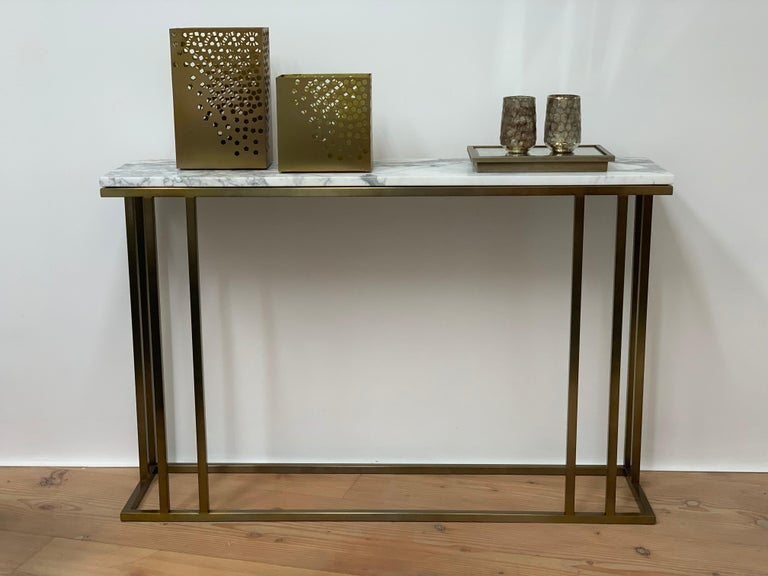 Art Deco Inspired Elio Console in Antique Brass Tint Structure & Marble Surface For Sale 1
