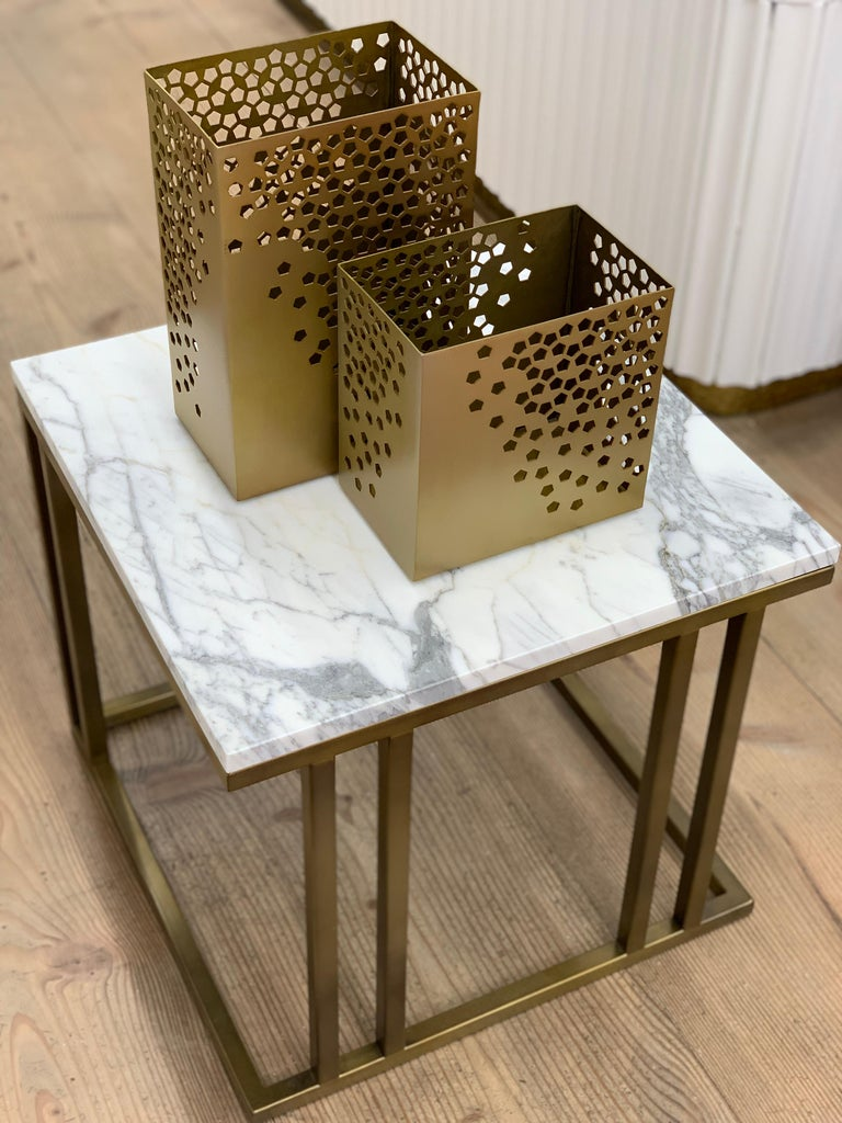 Art Deco Inspired Elio Side Table Antique Brushed Brass Tint & Arabescato Marble For Sale 2