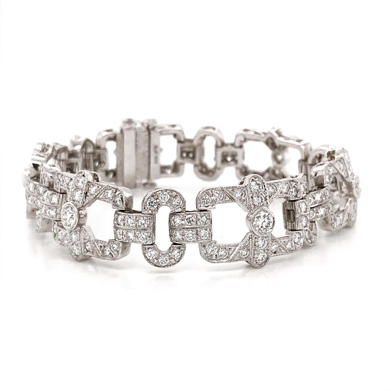 Art Deco Inspired Round Cut Diamonds 6.18 Carat Platinum Bracelet In New Condition For Sale In New York, NY