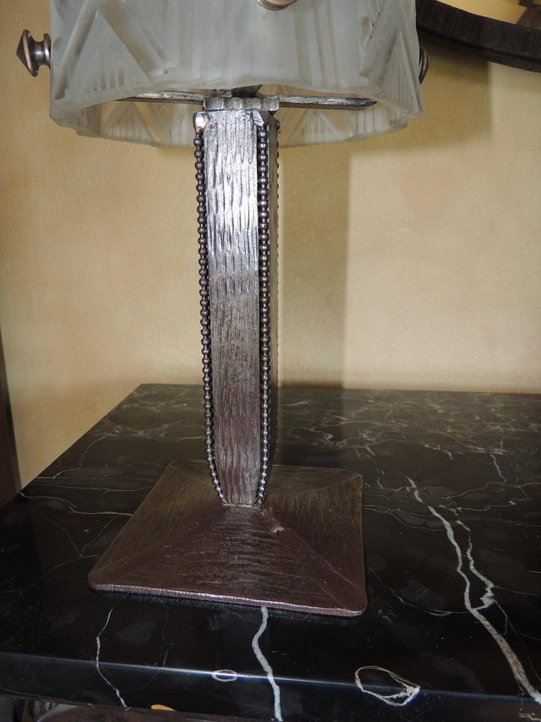 Art Deco Iron Table Lamp with Muller Style Glass Shade For Sale 2