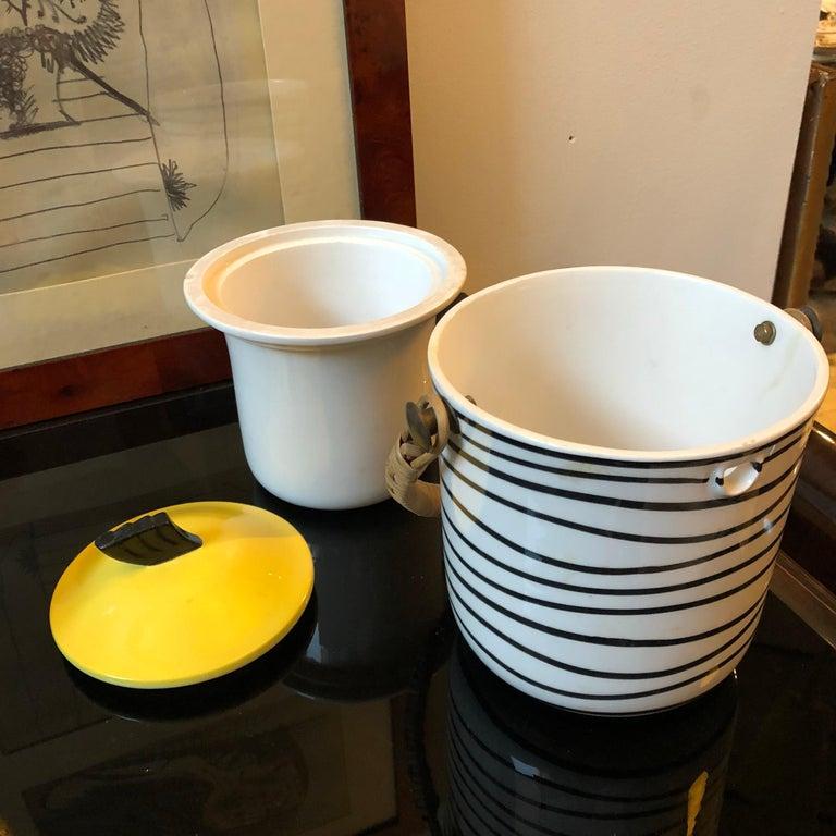 Art Deco Italian Black and Yellow Ceramic Ice Bucket, circa 1930 For Sale 1