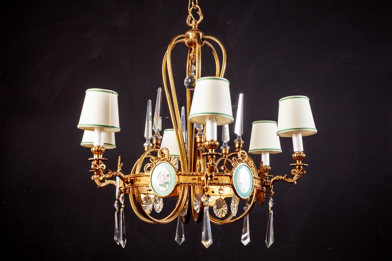 Mid-20th Century Art Deco Italian Brass Chandelier with Charming Porcelain Insert, 1940 For Sale